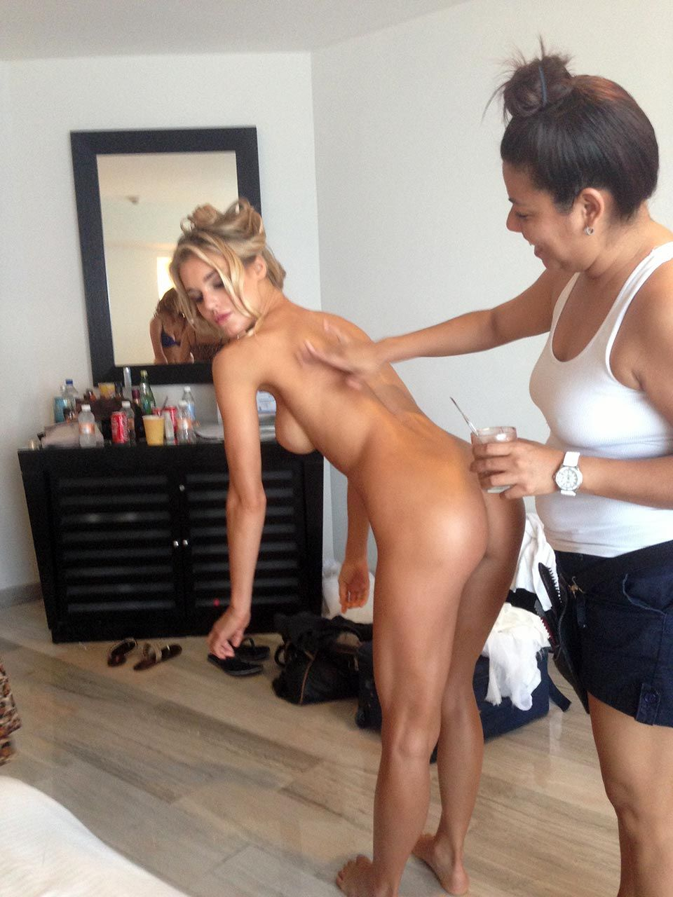 Joy Corrigan Nude Leaked The Fappening & Sexy 0004