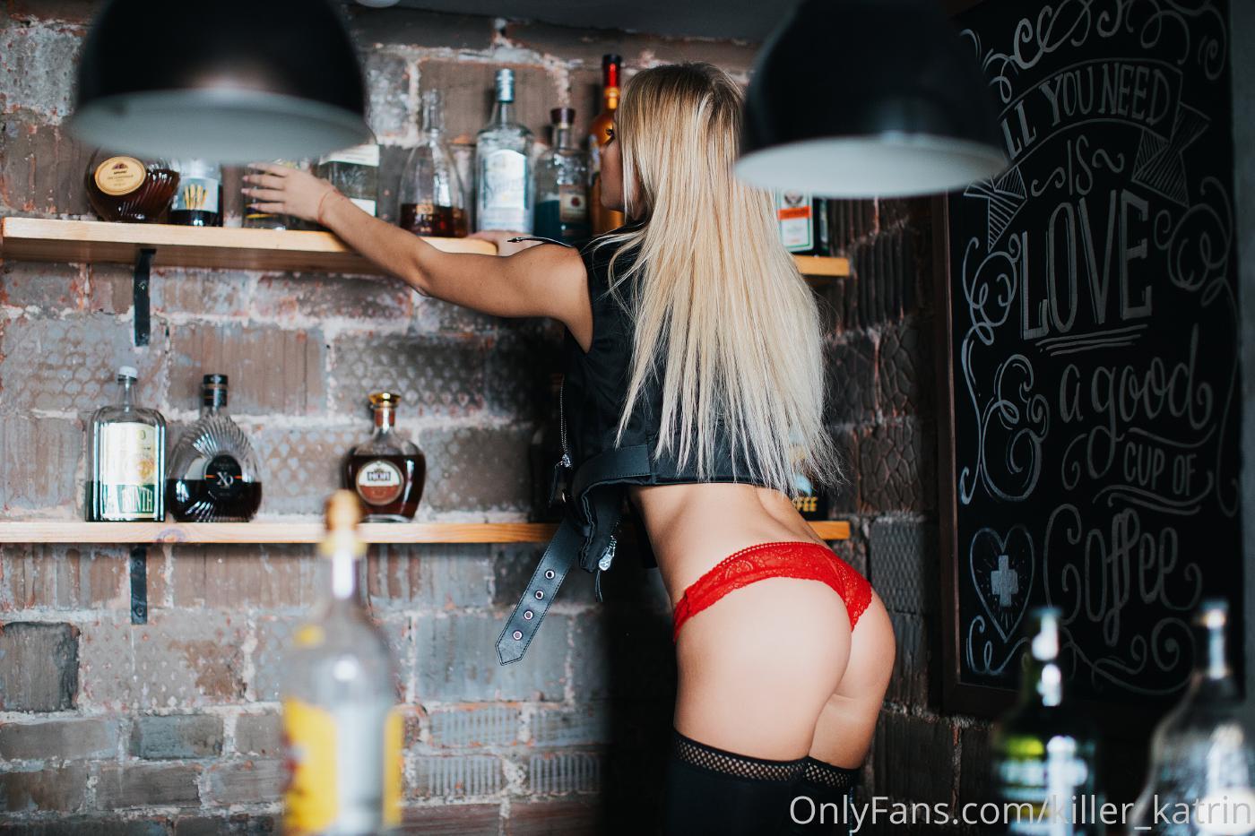 Killer Katrin Bar Striptease Onlyfans Set Leaked 0005