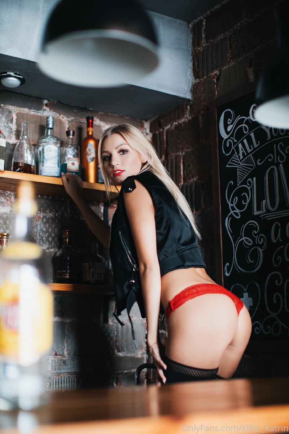Killer Katrin Bar Striptease Onlyfans Set Leaked 0014