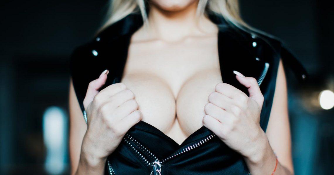 Killer Katrin Bar Striptease Onlyfans Set Leaked 0018