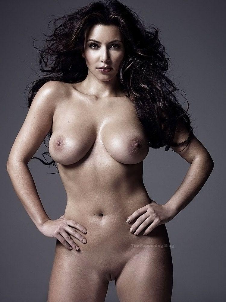 Kim Kardashian Nude And Sexy 0007