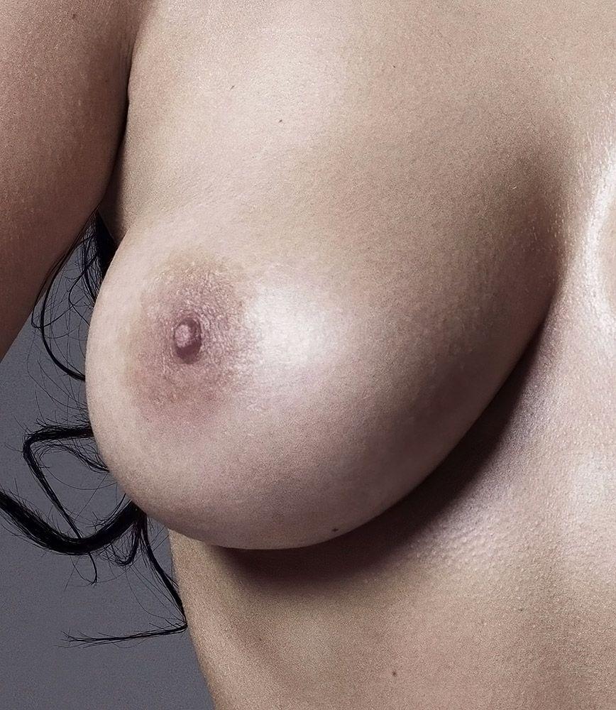 Kim Kardashian Nude And Sexy 0014