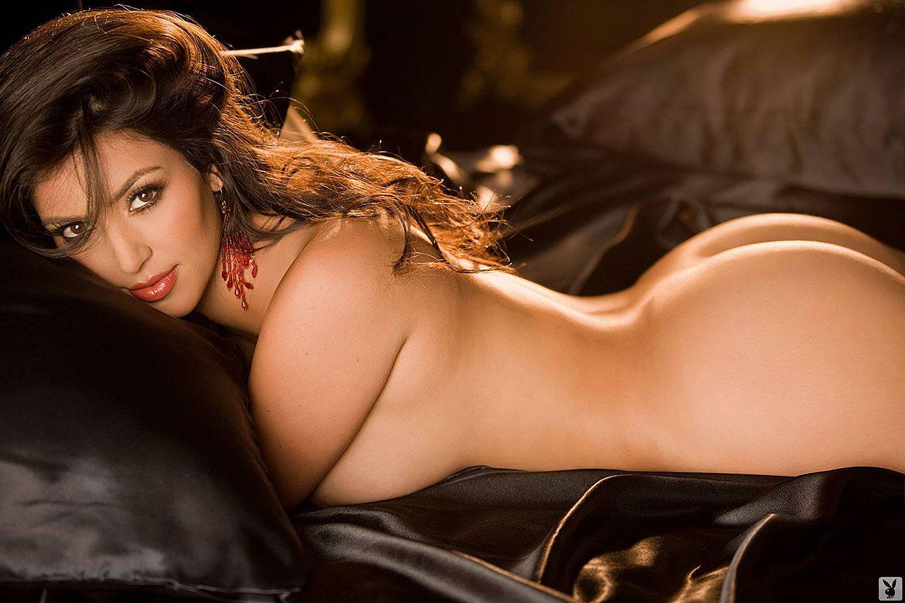 Kim Kardashian Nude And Sexy 0026
