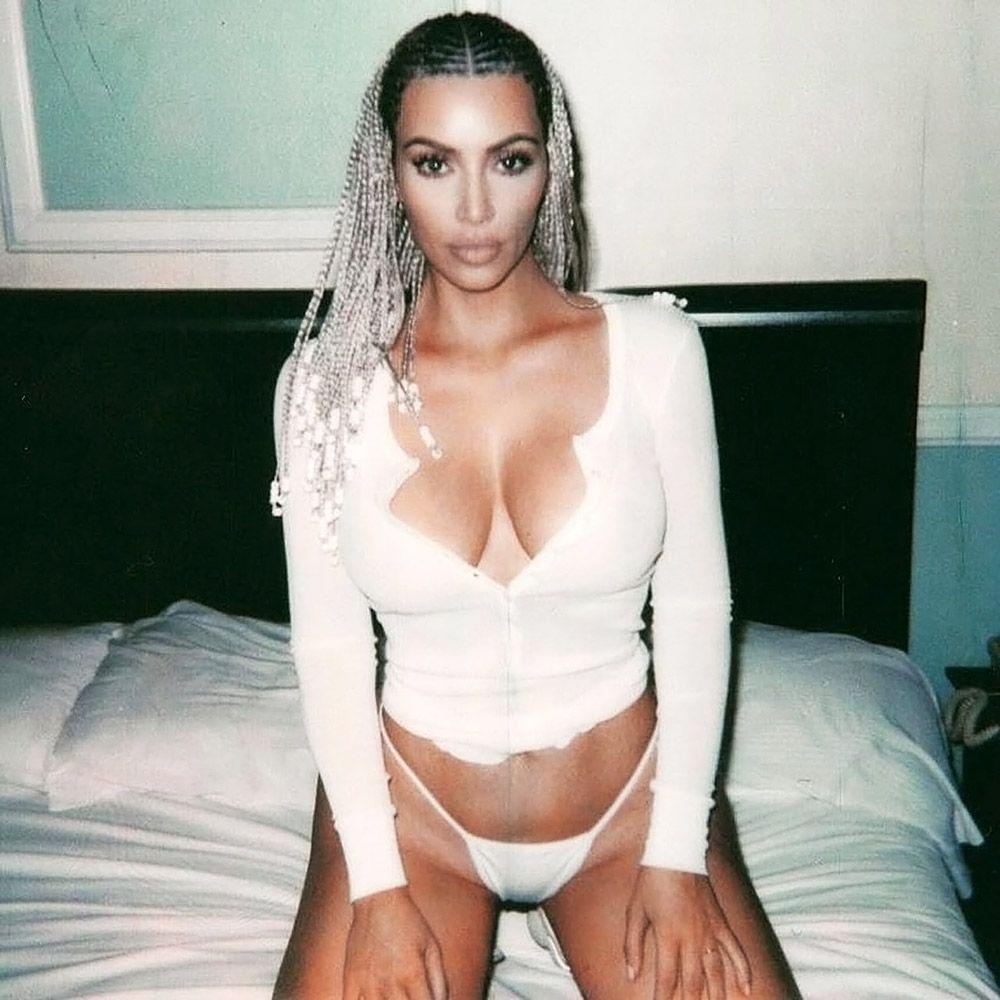 Kim Kardashian Nude And Sexy 0066