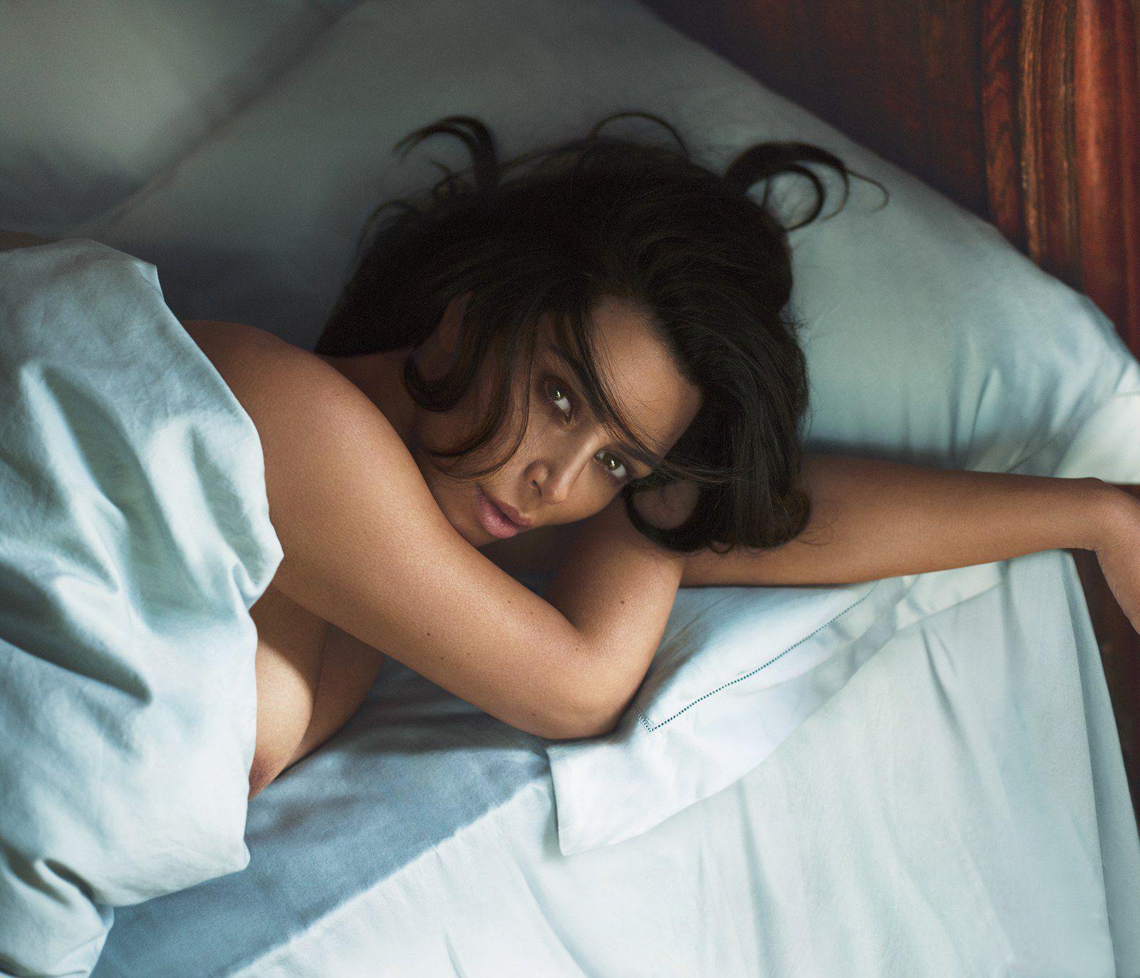 Kim Kardashian Nude And Sexy 0113