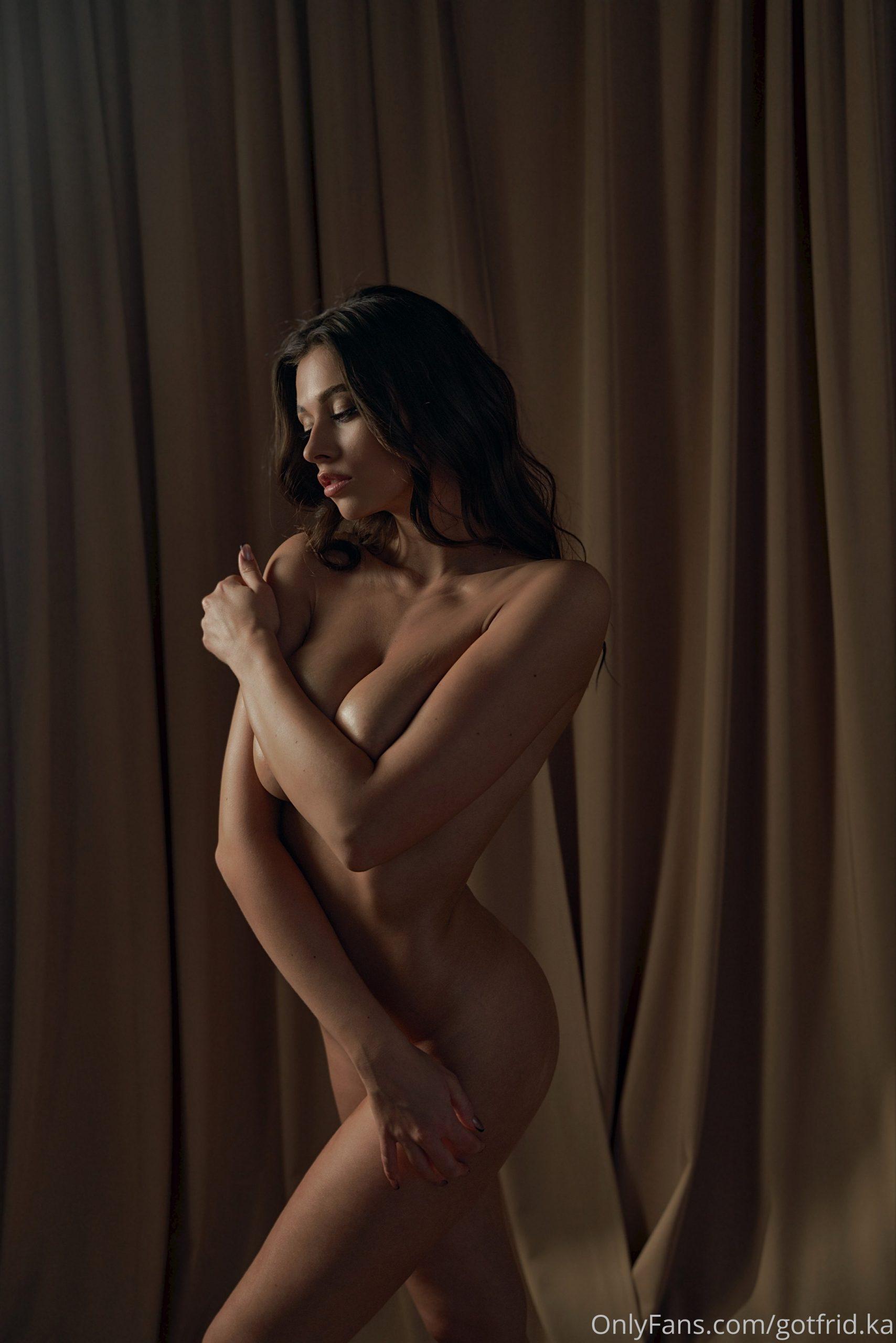 Kristina Alex (38)