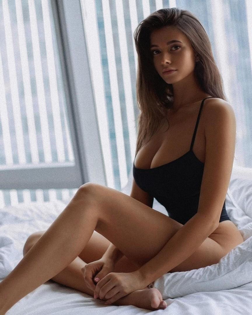 Kristina Alex (42)