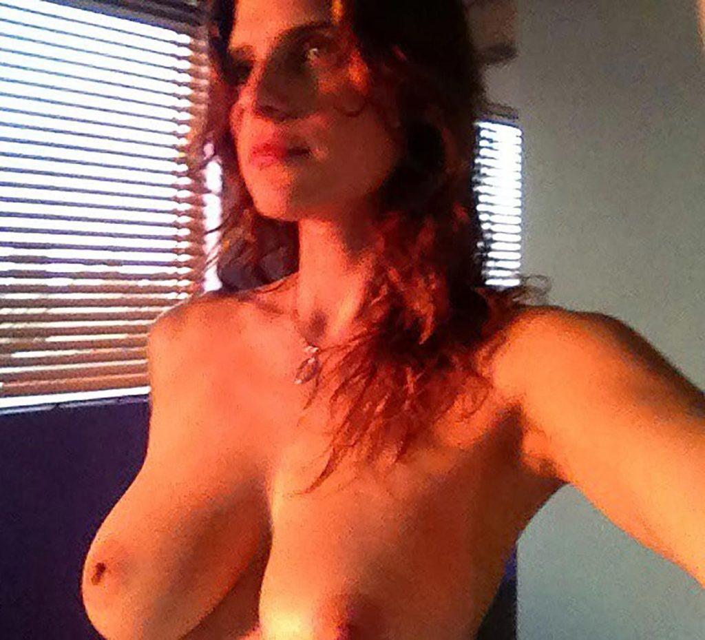 Lake Bell Nude Leaked (1)