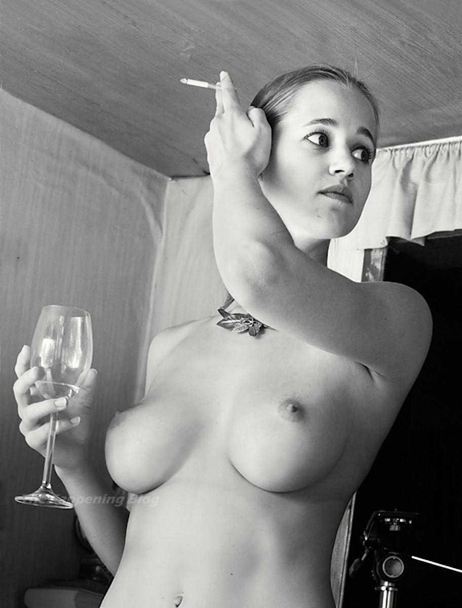 Lenka Juroskova Nude 4 Thefappeningblog Com1