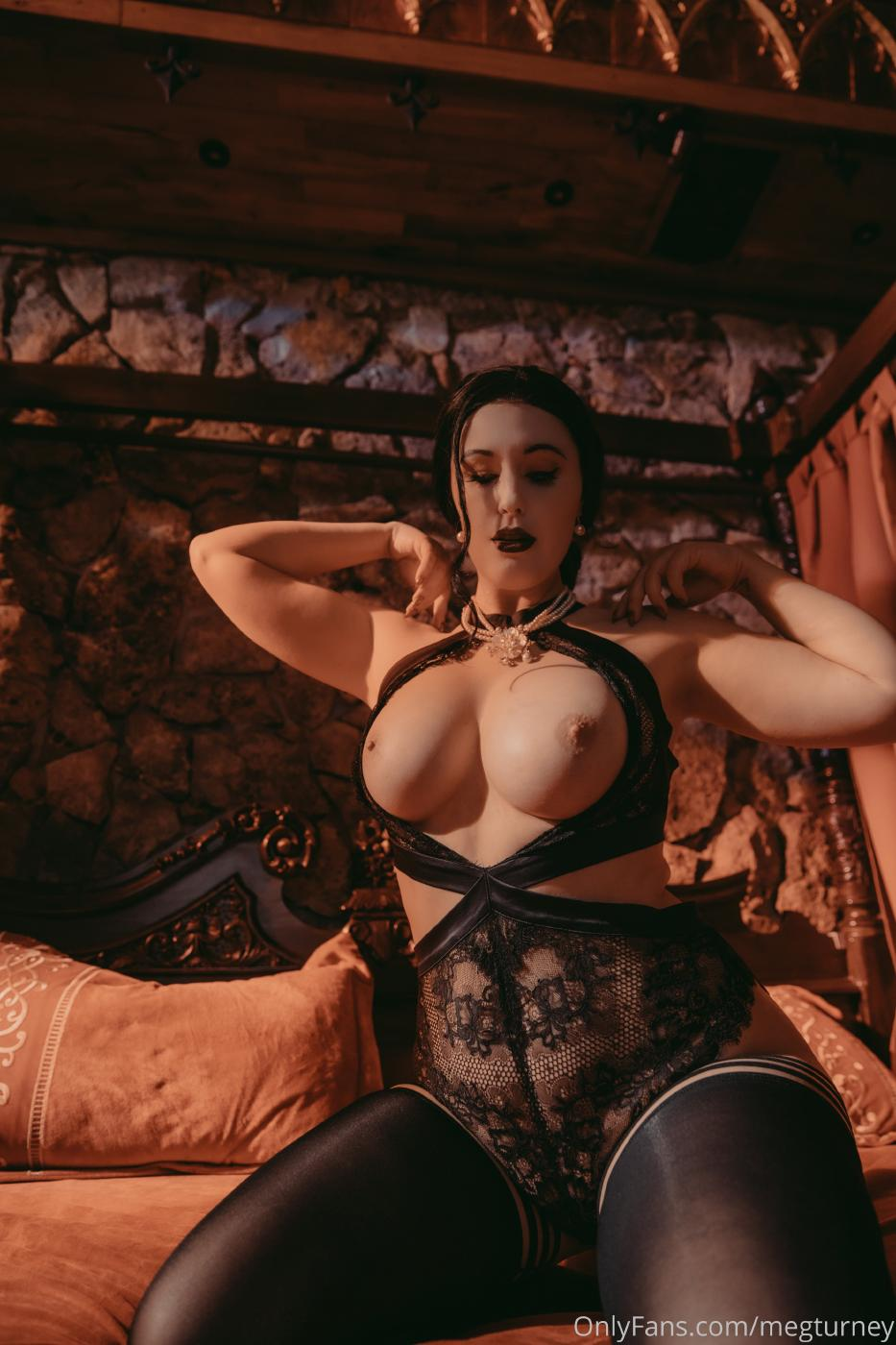 Meg Turney Lady Dimitrescu Cosplay Onlyfans Set Leaked 0002