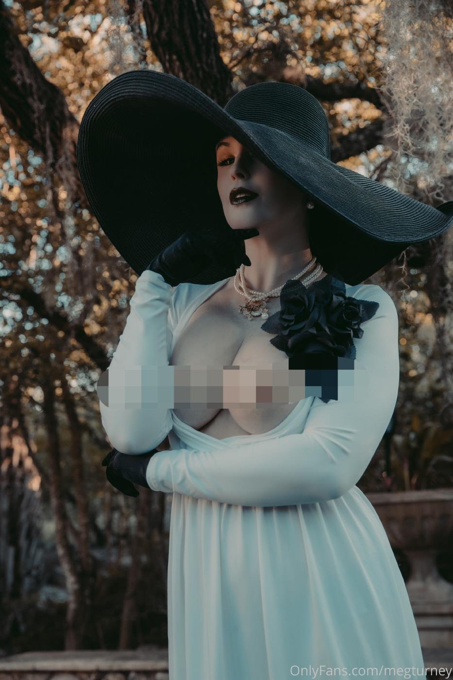 Meg Turney Lady Dimitrescu Cosplay Onlyfans Set Leaked 0027