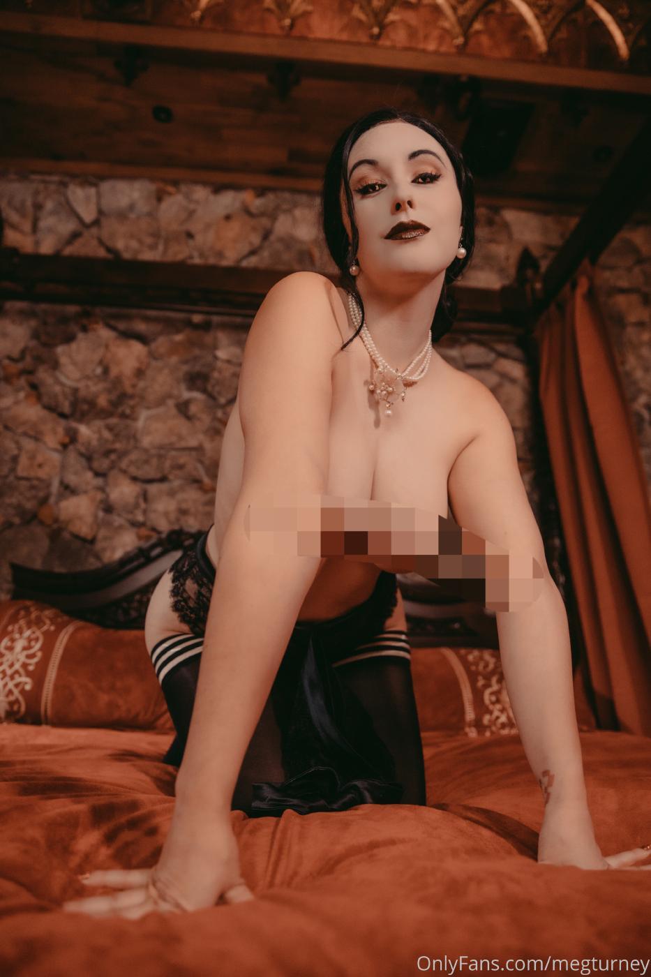 Meg Turney Lady Dimitrescu Cosplay Onlyfans Set Leaked 0031