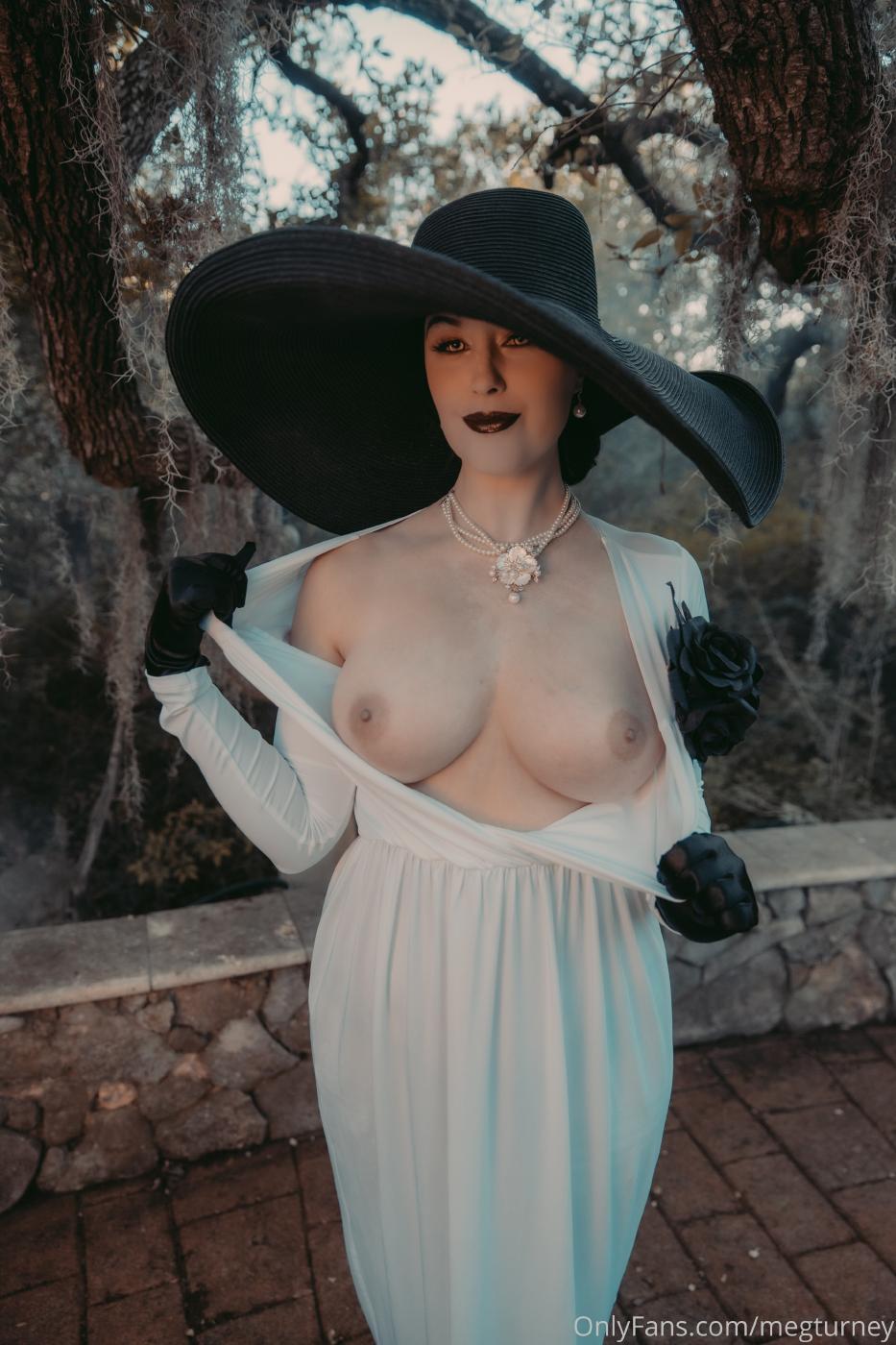 Meg Turney Lady Dimitrescu Cosplay Onlyfans Set Leaked 0033