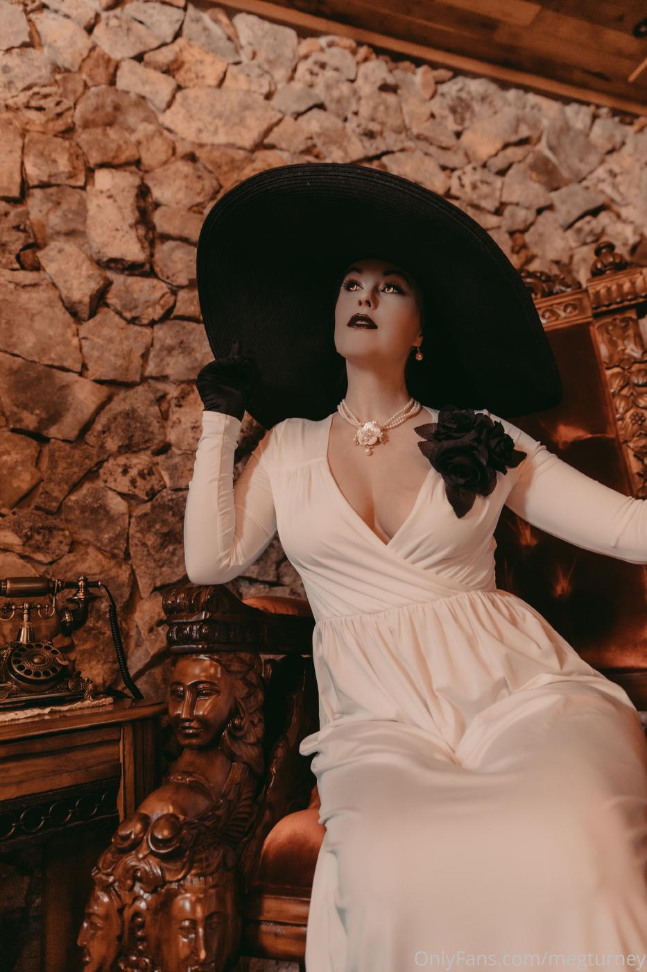 Meg Turney Lady Dimitrescu Cosplay Onlyfans Set Leaked 0042