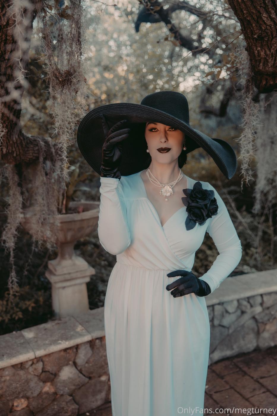 Meg Turney Lady Dimitrescu Cosplay Onlyfans Set Leaked 0048