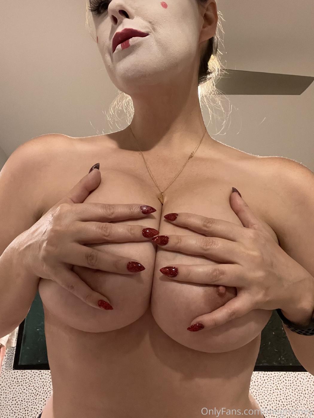 Meg Turney Topless Candids Onlyfans Set Leaked 0002