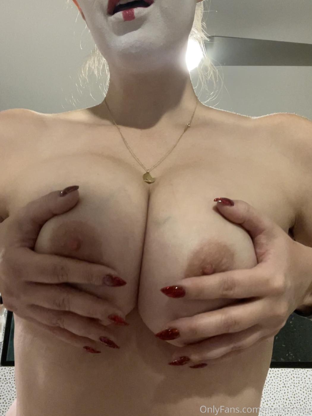 Meg Turney Topless Candids Onlyfans Set Leaked 0004