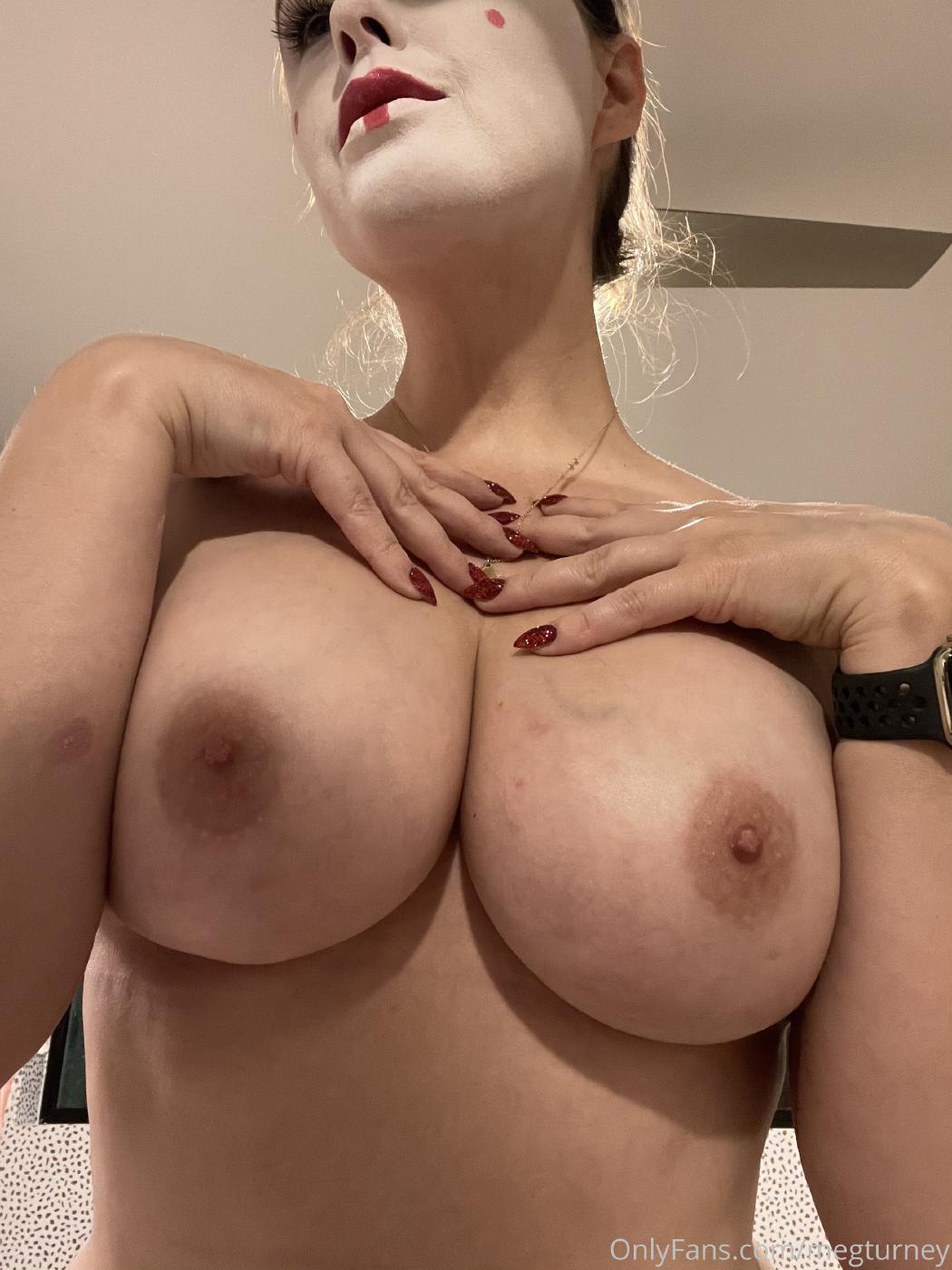Meg Turney Topless Candids Onlyfans Set Leaked 0005
