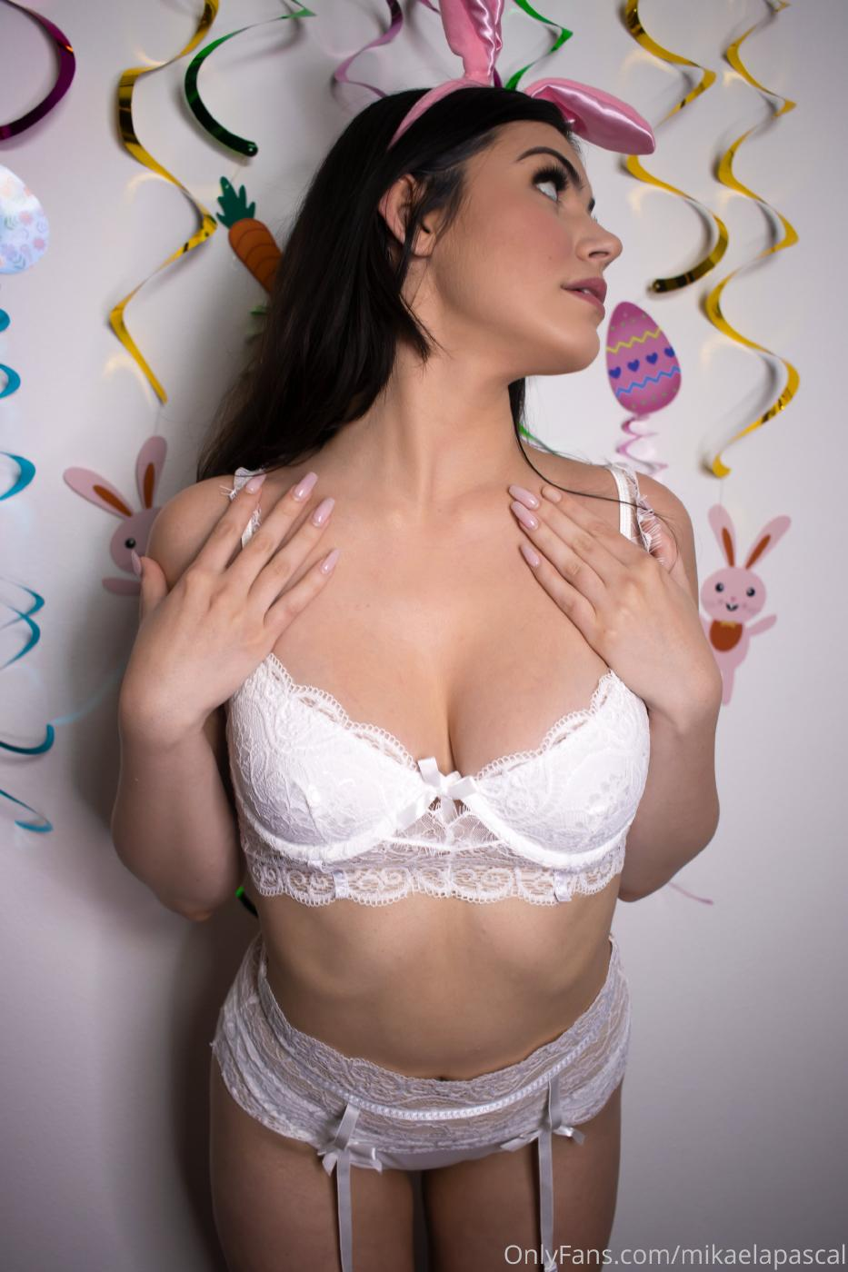Mikaela Pascal Onlyfans April Extras Leaked 0008