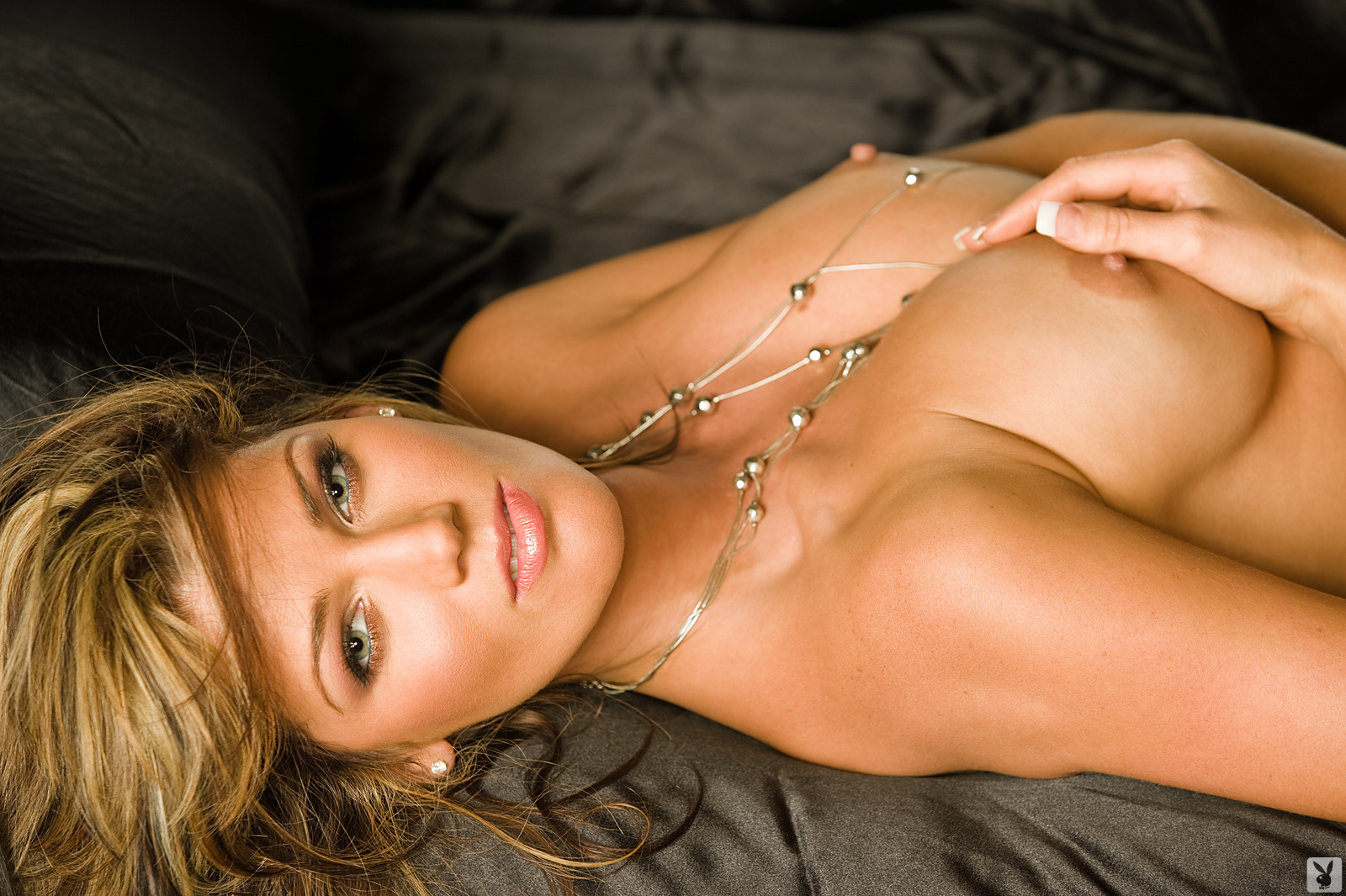 Playmate Exclusive May 2009 Crystal Mccahill0016