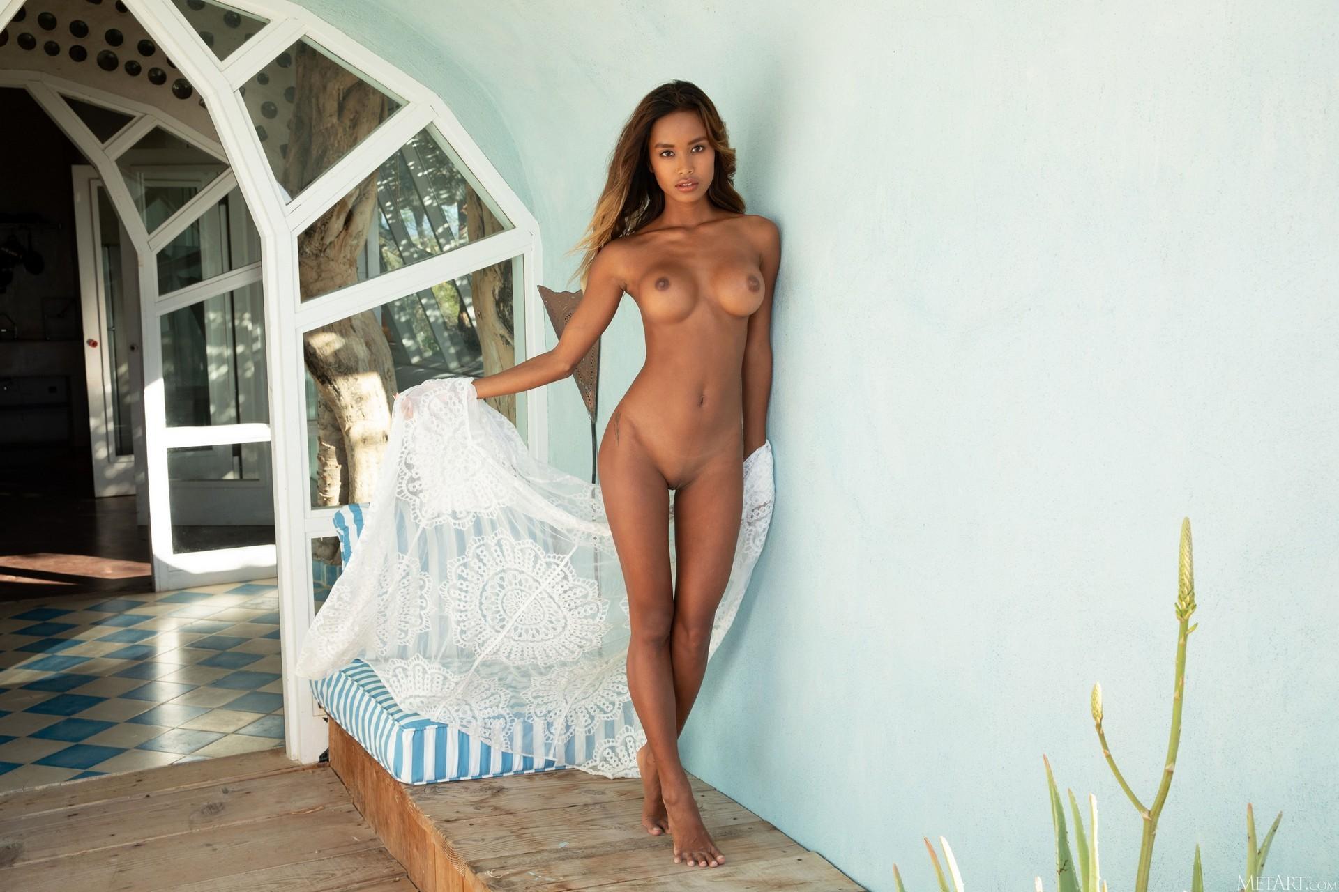Putri Cinta In Butterfly's Dream Playboy Plus (60)
