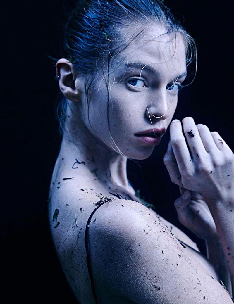 Stella Maxwell Nude Leaked Naked (103)