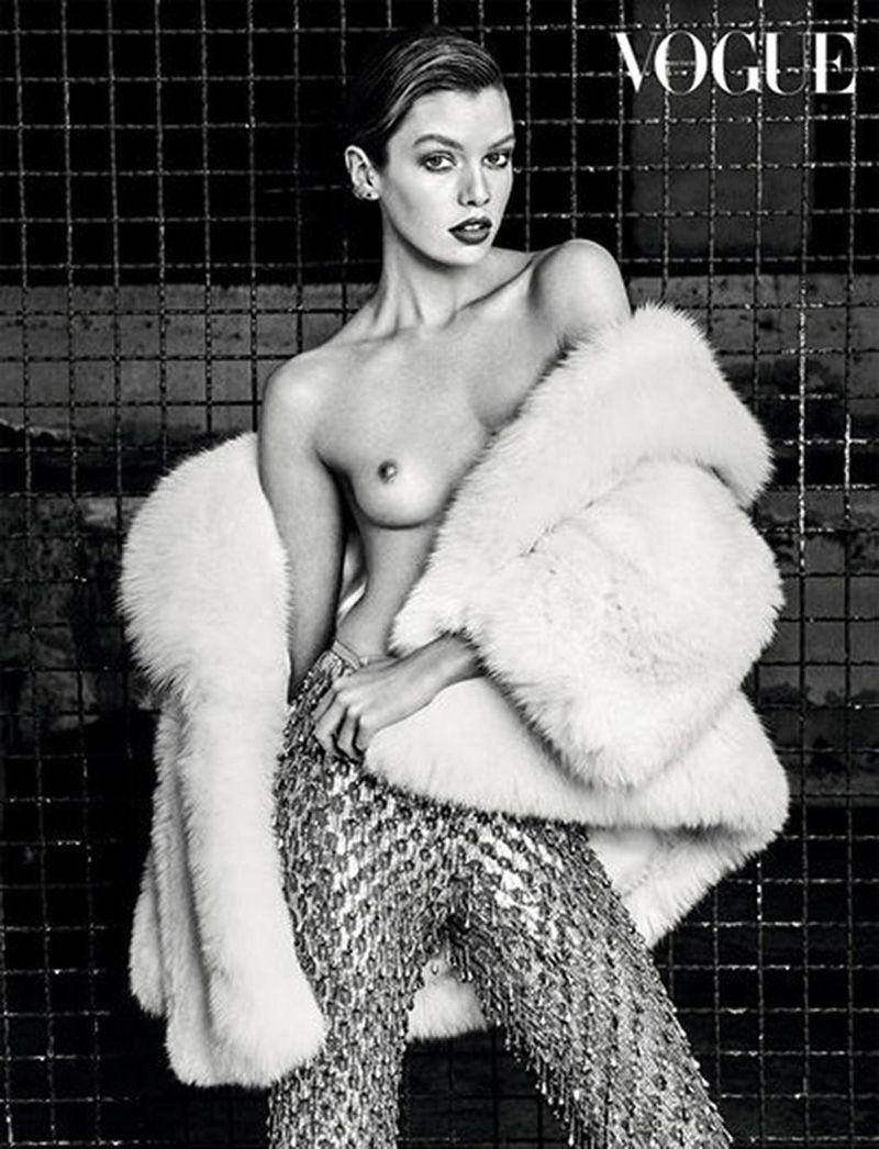 Stella Maxwell Nude Leaked Naked (105)