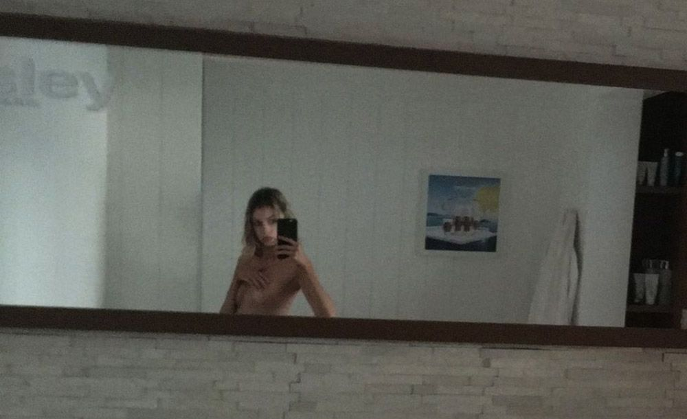 Stella Maxwell Nude Leaked Naked (13)