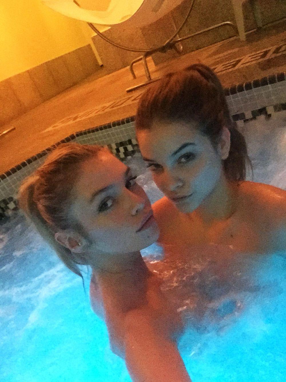 Stella Maxwell Nude Leaked Naked (49)