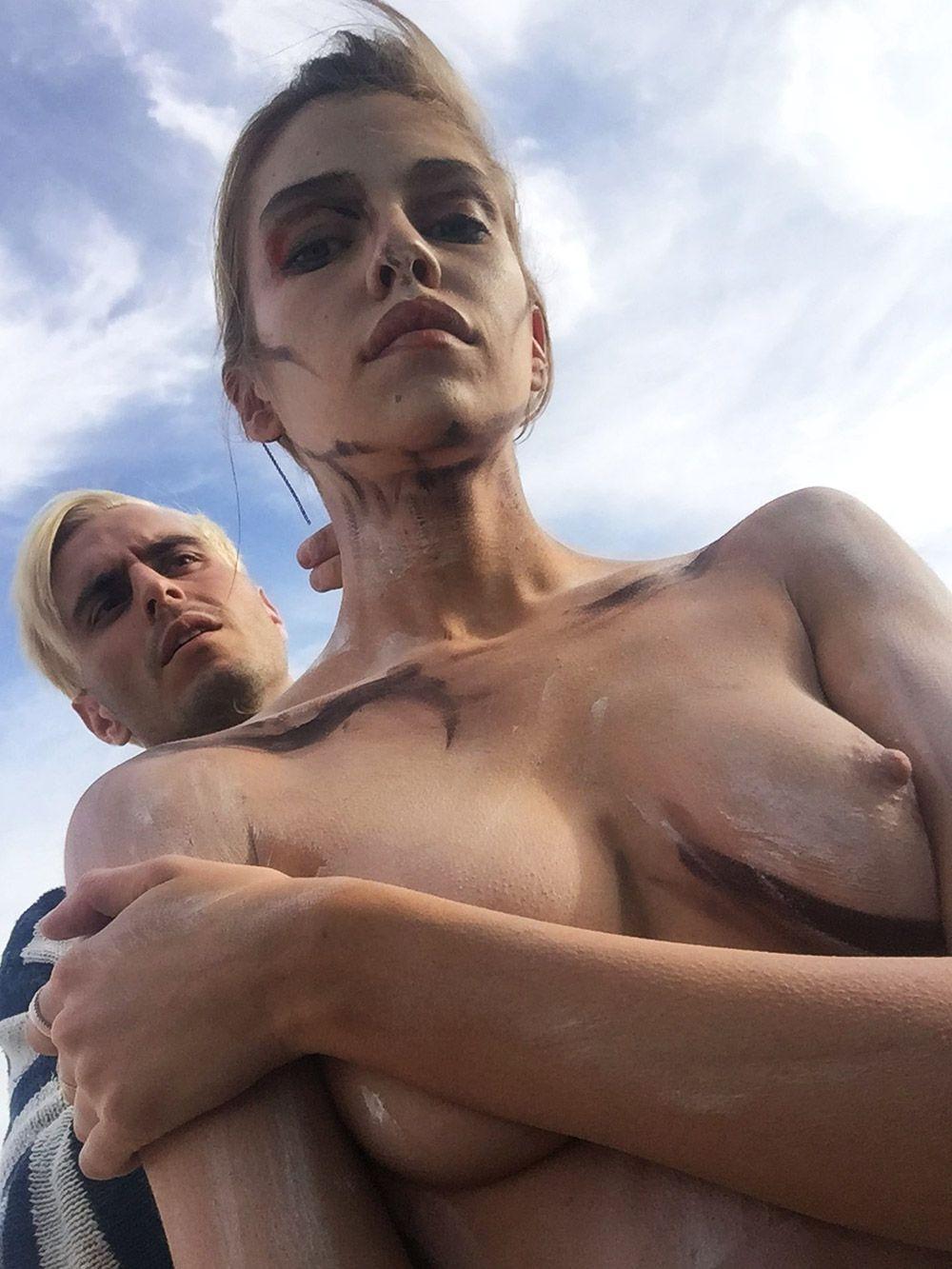 Stella Maxwell Nude Leaked Naked (52)