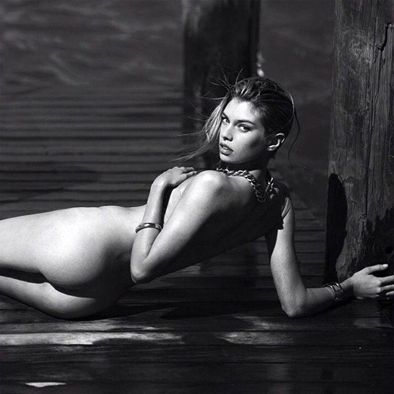Stella Maxwell Nude Leaked Naked (91)