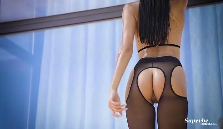 Victoria Mur Liquid Ecstasy Nude Video