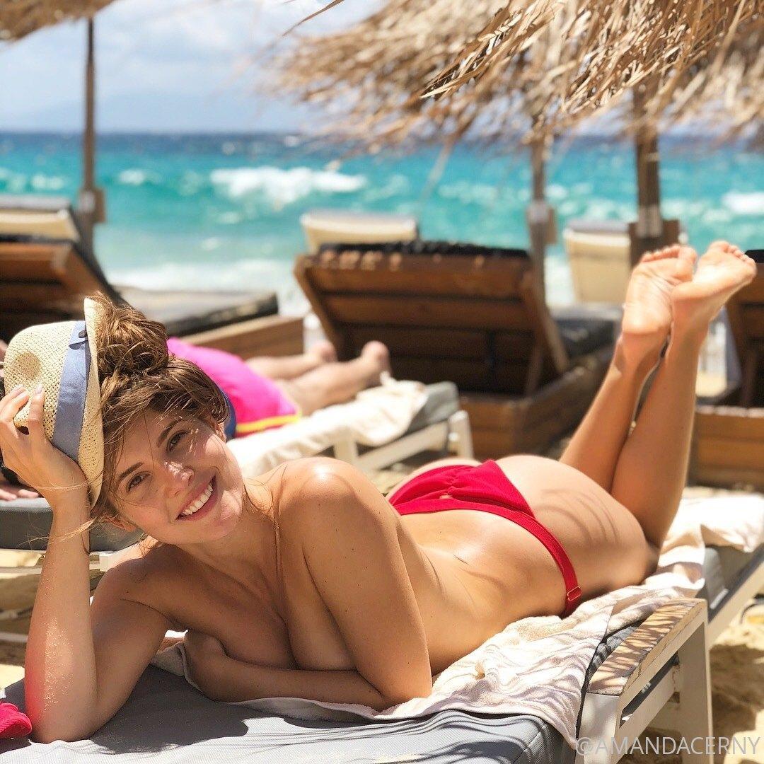 Amanda Cerny Topless Beach Onlyfans Set Leaked Lwupjt