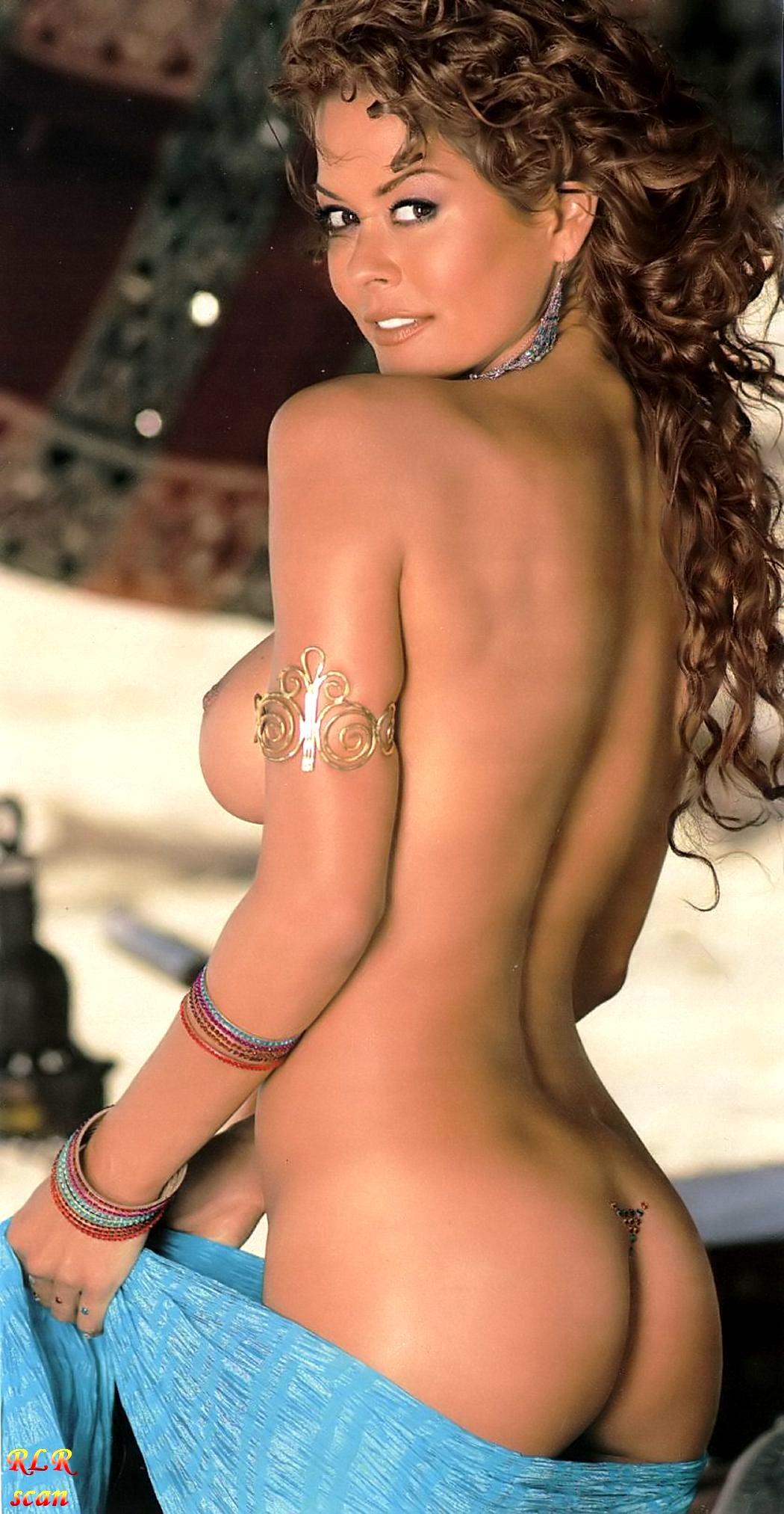 Brooke Burke Nude2 (16)