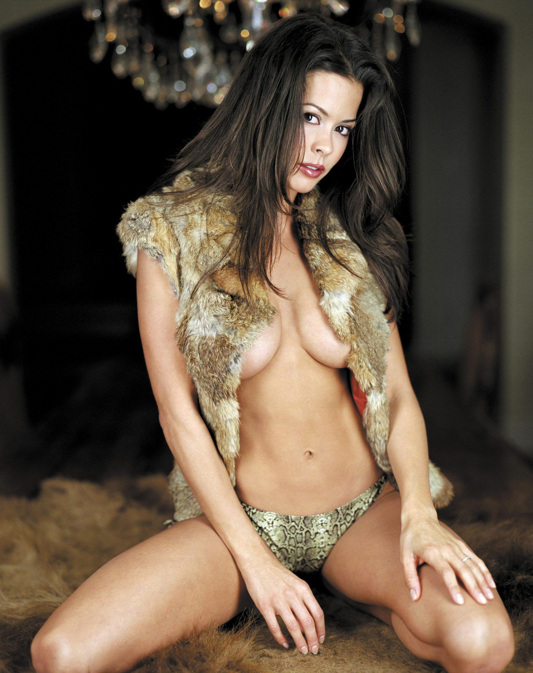 Brooke Burke Nude2 (7)