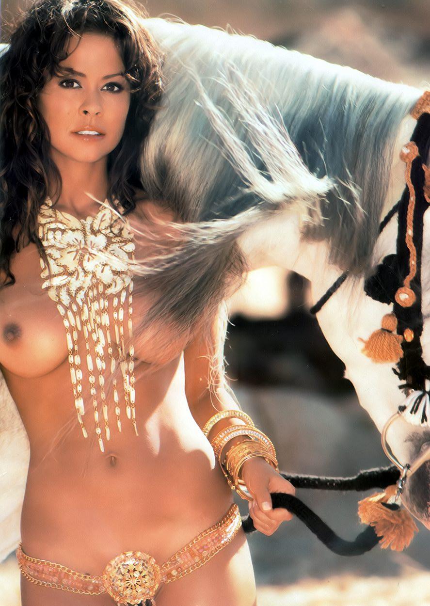 Brooke Burke Nude3 (1)