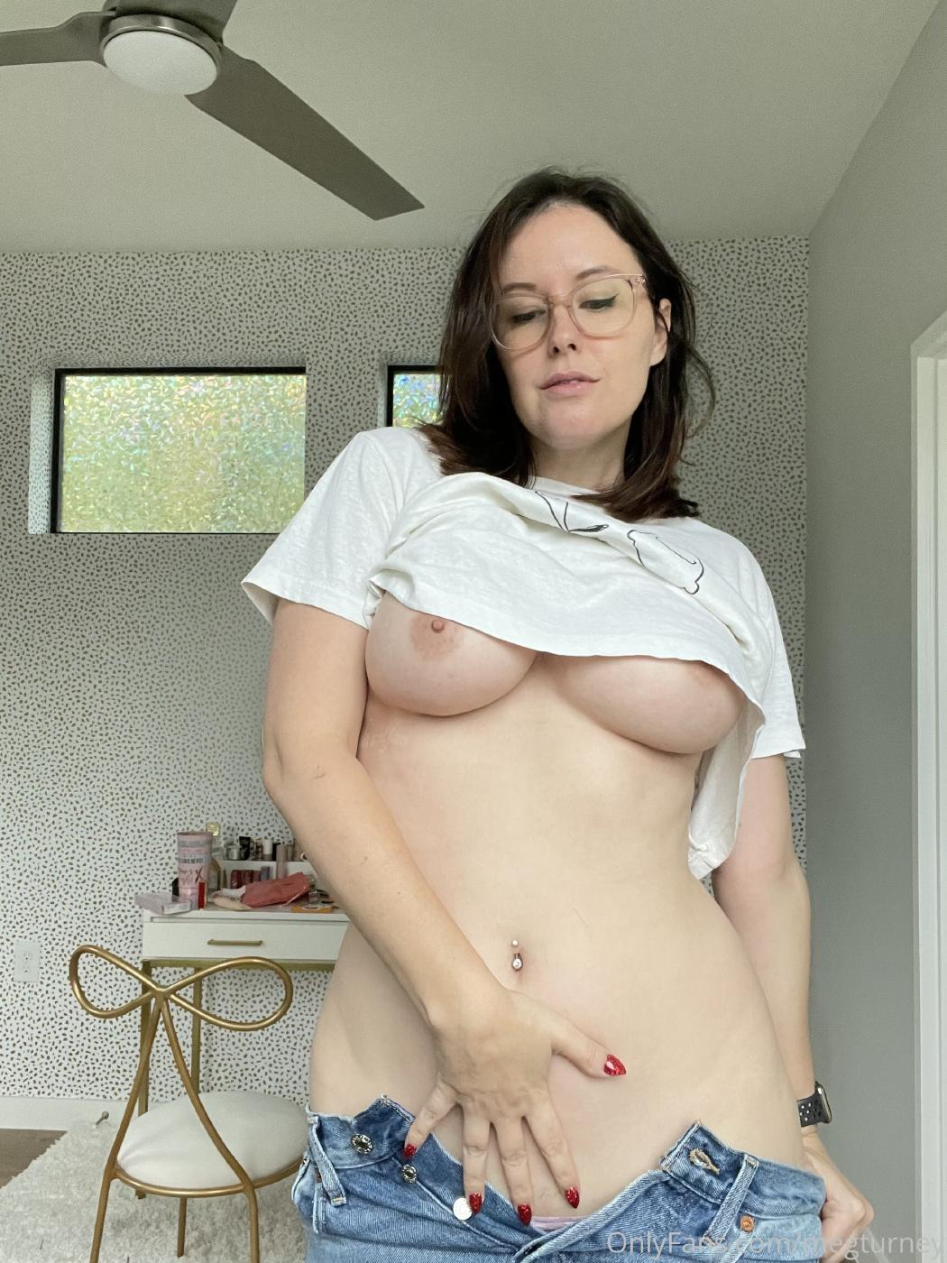Meg Turney Nude Stripping Onlyfans Set Leaked