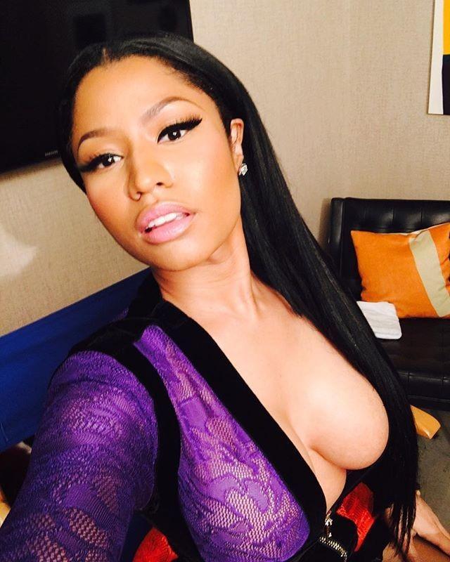 Nicki Minaj Nude Nipple Slips Leaked Hxbeln