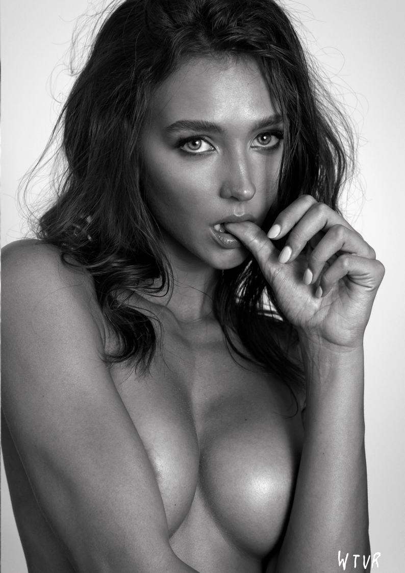 Rachel Cook Nude Modeling Set Leaked Xwcrix