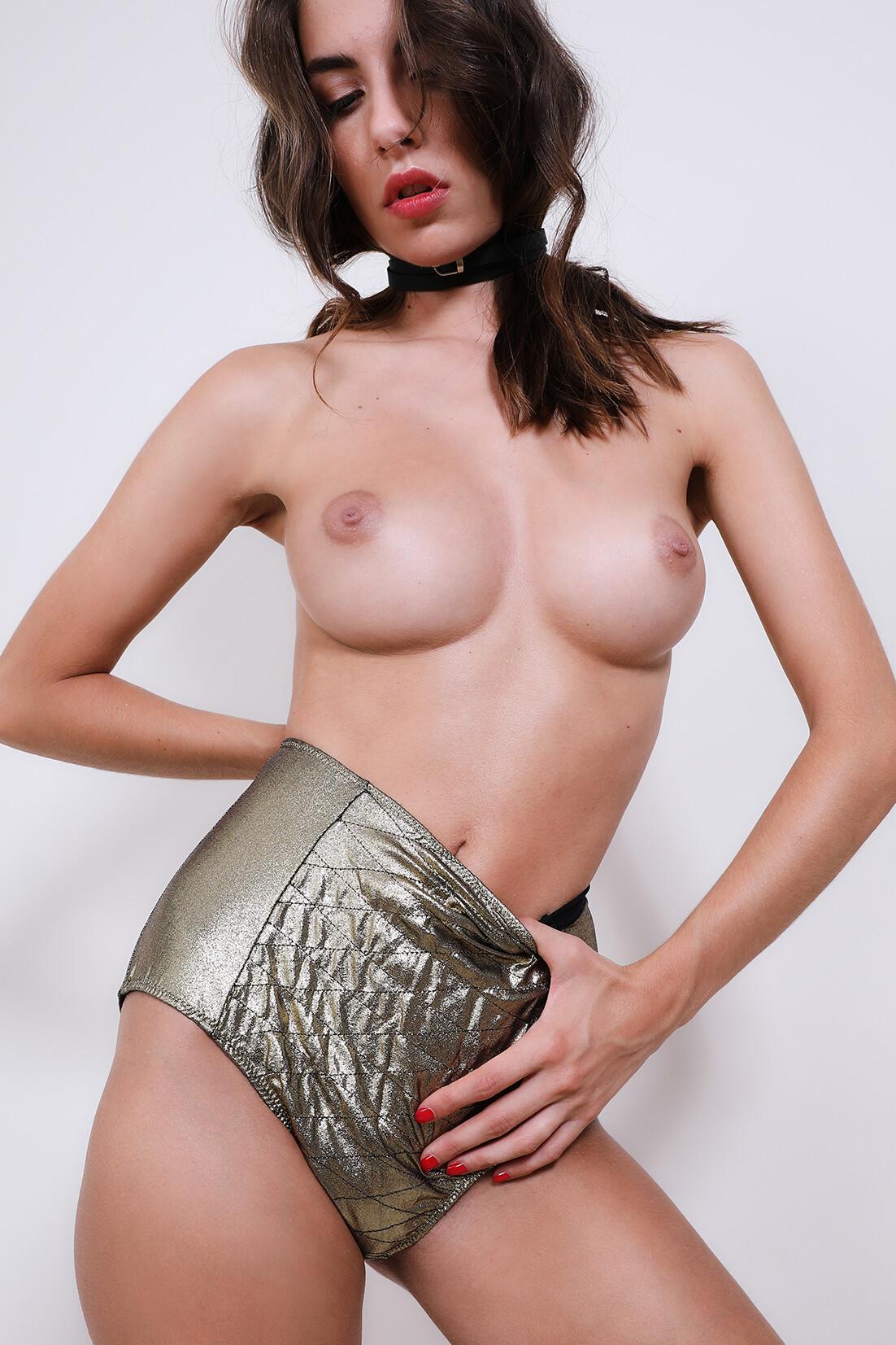 Rebecca Bagnol Nude (161)