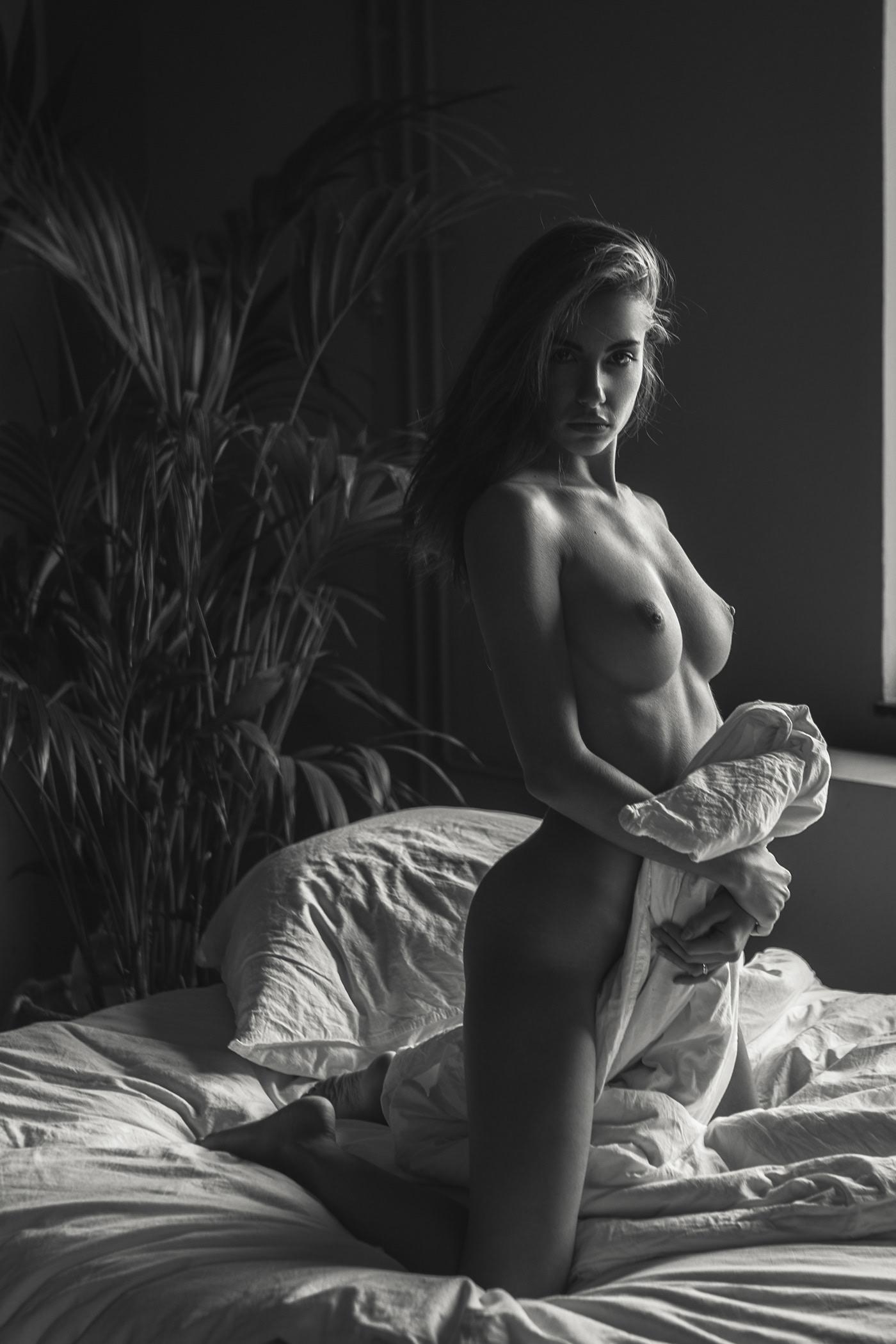 Rebecca Bagnol Nude (183)