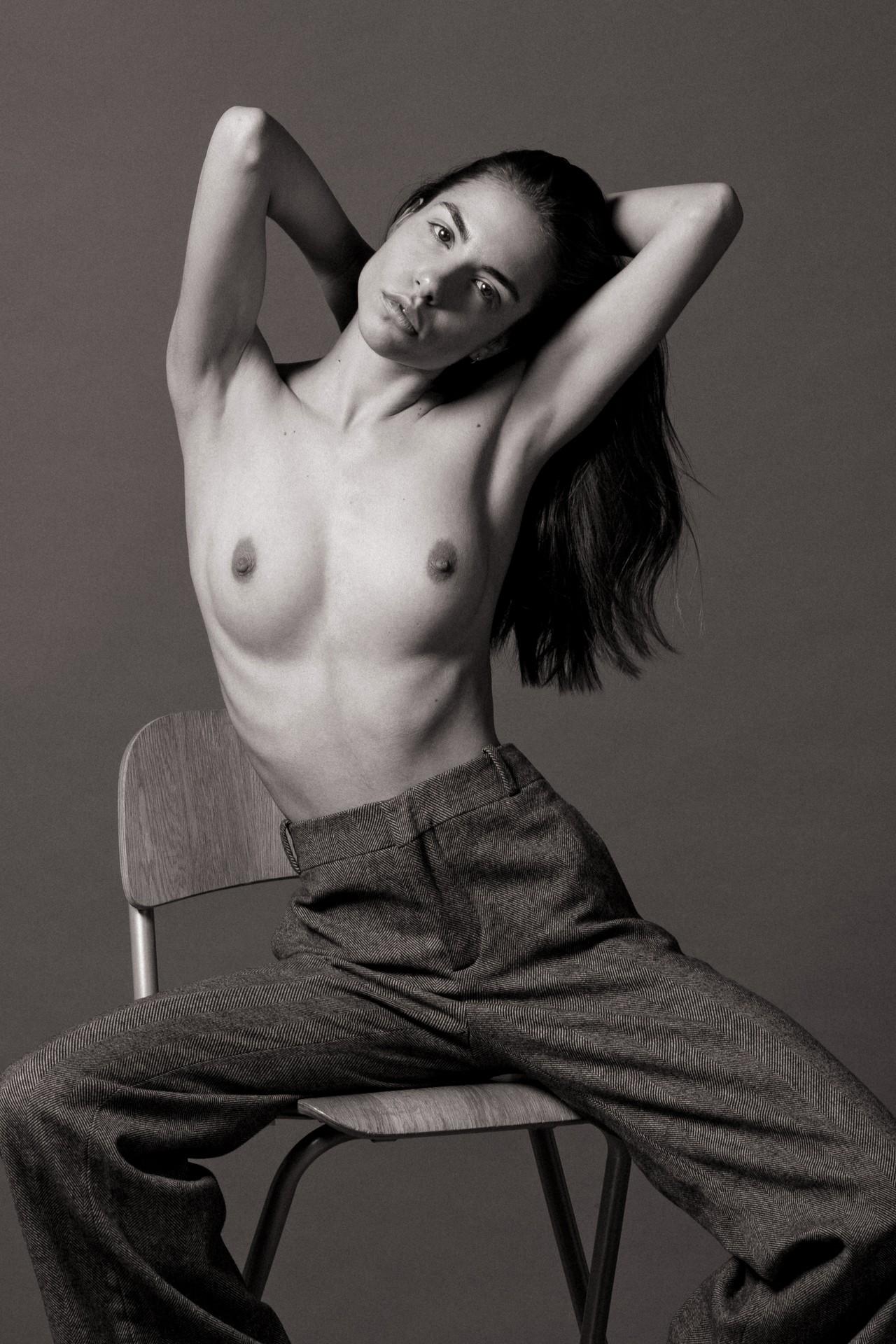 Rebecca Bagnol Nude (199)