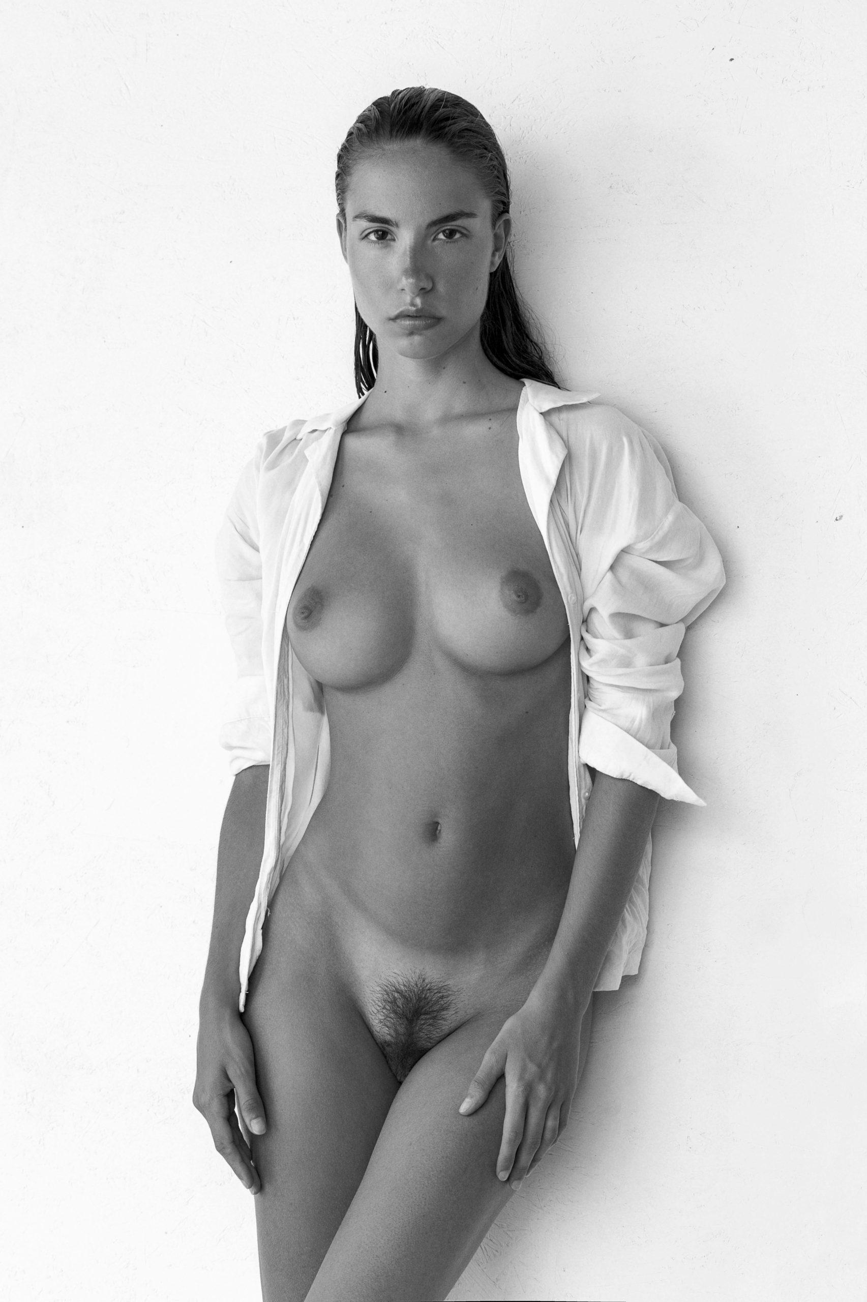 Rebecca Bagnol Nude (246)