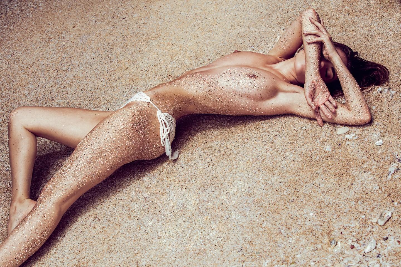 Rebecca Bagnol Nude (249)