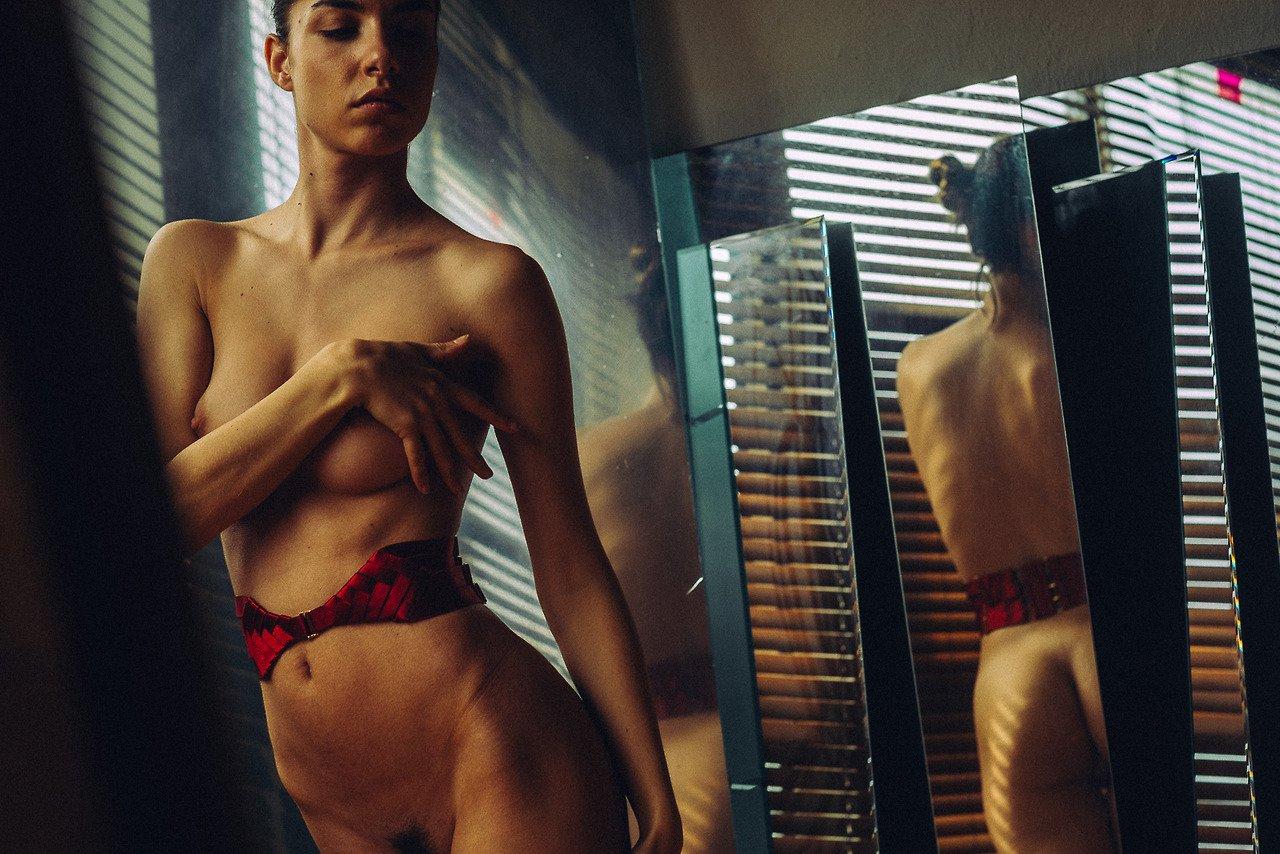 Rebecca Bagnol Nude (265)