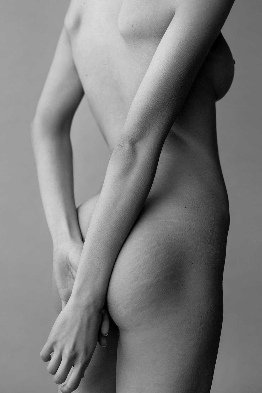 Rebecca Bagnol Nude (276)