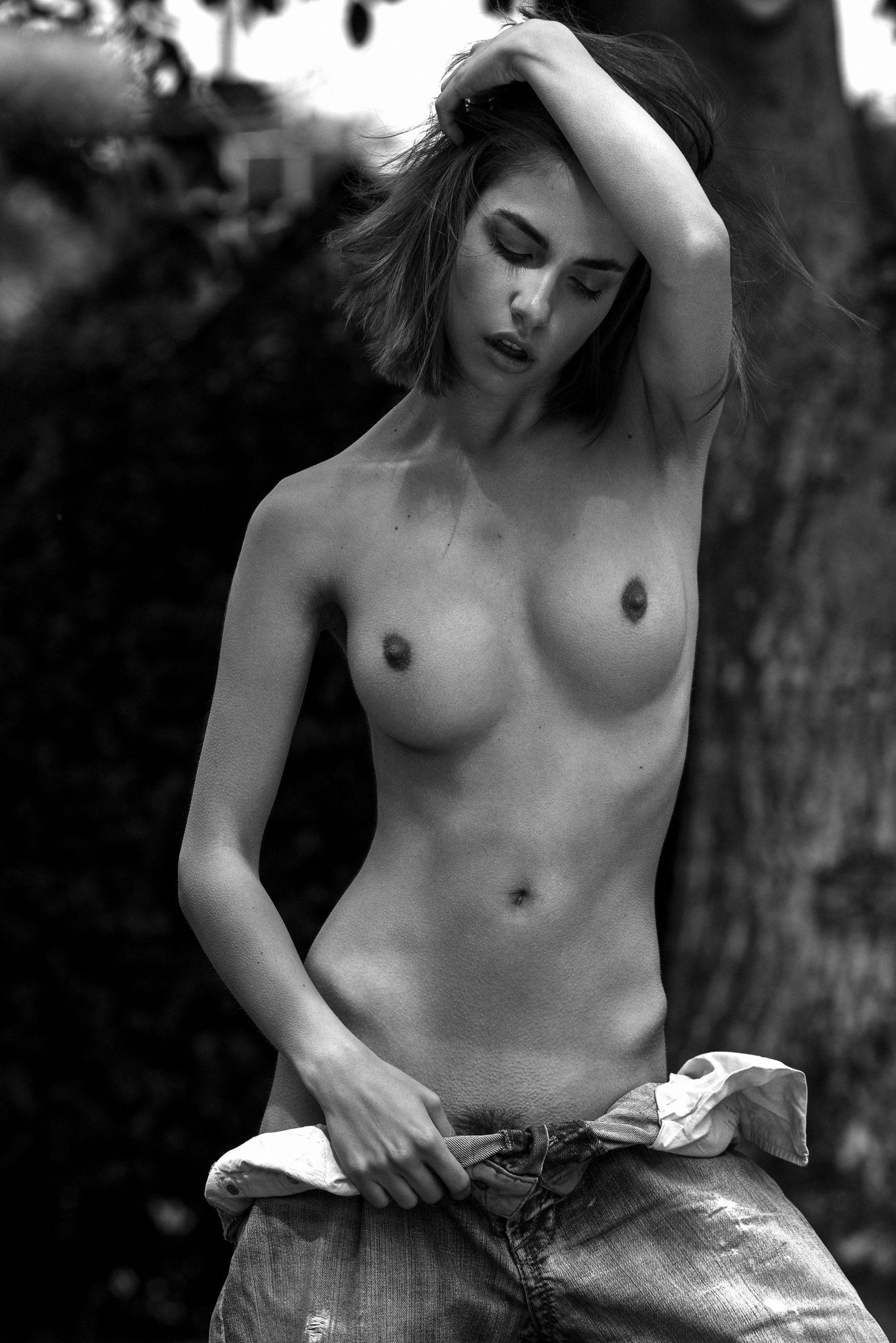 Rebecca Bagnol Nude (28)