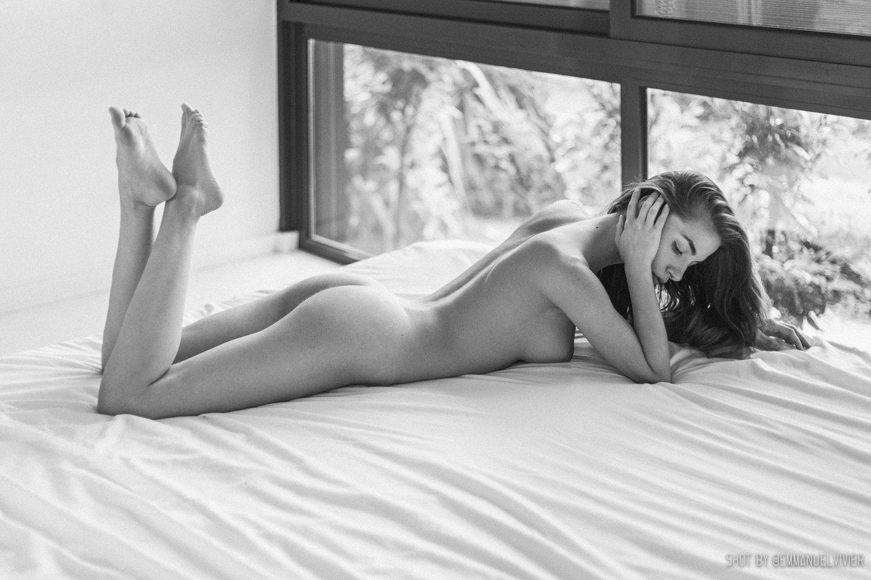 Rebecca Bagnol Nude (295)