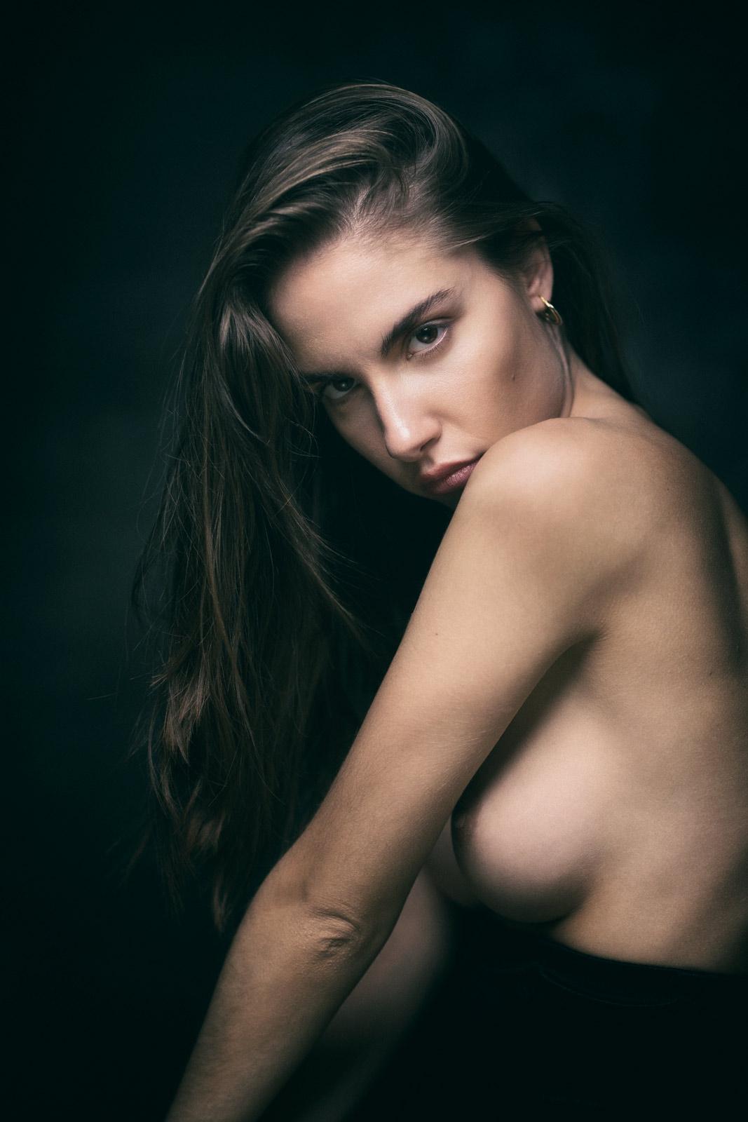 Rebecca Bagnol Nude (322)