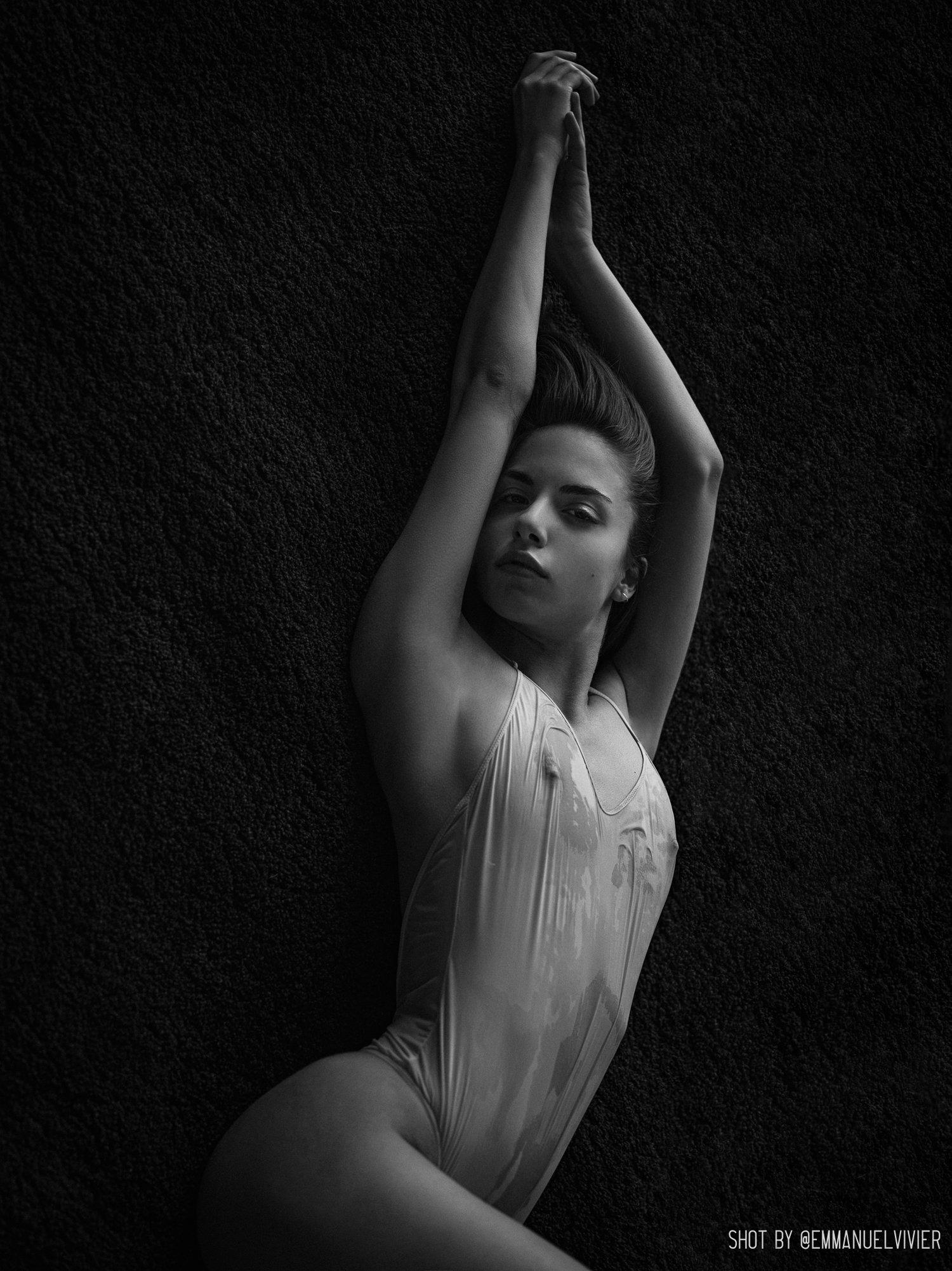 Rebecca Bagnol Nude (333)